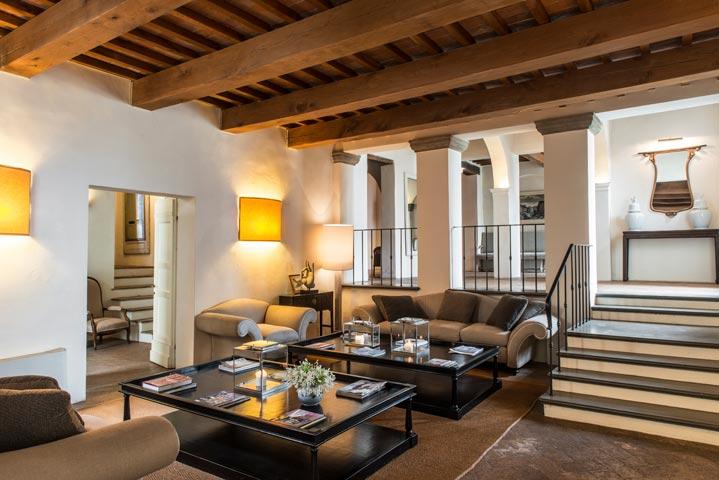 """Il """"Matto delle Giuncaie"""" viene prodotto alla Fattoria Villa Dainella, in Toscana a Vinci, Firenze"""
