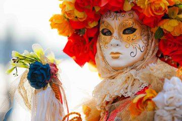 La Notte delle Maschere, #summercarnival2014, si terrà a Viareggio il 9/08/2014 e vedrà protagonisti i grandi carri allegorici del Carnevale