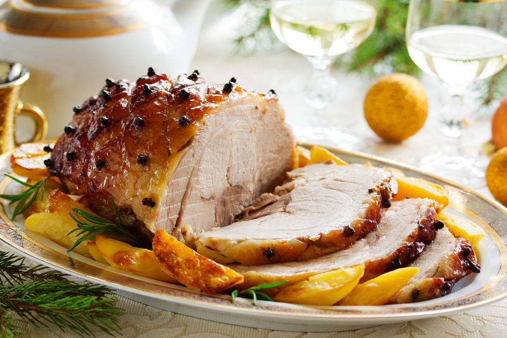 La ricetta dell'arista di maiale all'arancia ha origini toscane: venne preparata nel 1500 alla Corte de' Medici.Vi proponiamo l'originale ricetta fiorentina