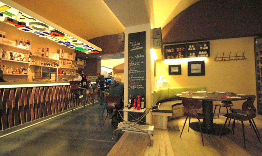 Cibi il nuovo ristorante in santo spirito a firenze for Arredamento ristorante italia