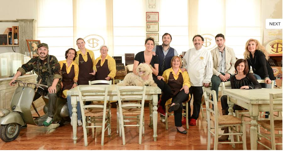 Dal 1920 i Savini sono una famiglia di tartufai, famosa in Toscana per la qualità delle sue salse, creme e patè di tartufo e dei suoi ottimi tartufi Savini