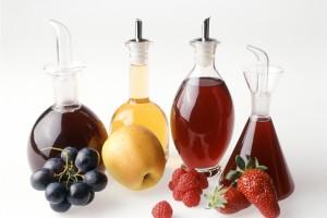 Tante ricette per aceti aromatici. Consigli su come produrre l'aceta, come conservarlo e a cosa abbinarlo