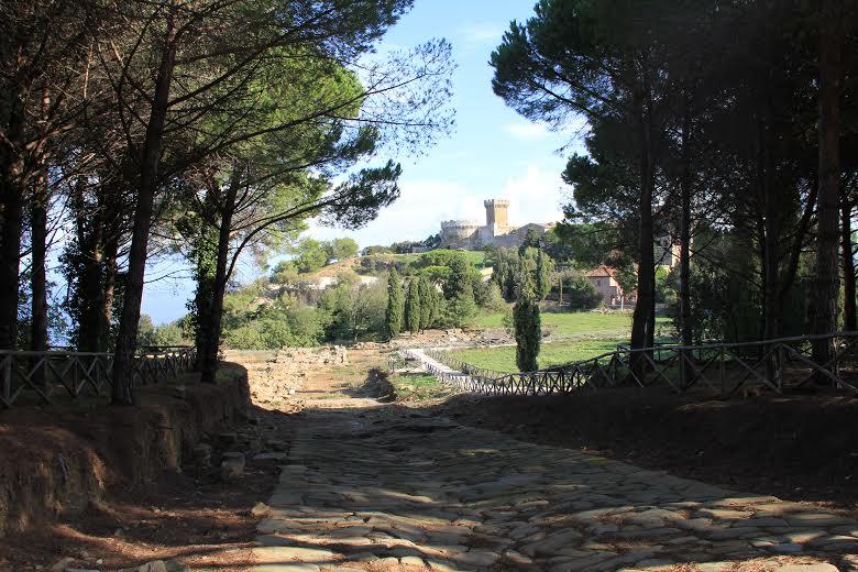 Visita guidata al Parco archeologico di Baratti, Populonia, Livorno