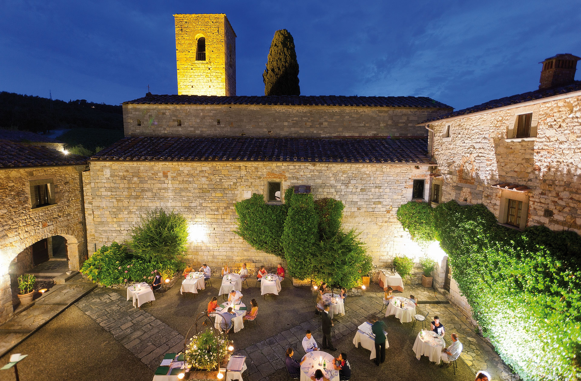 Matrimonio In Un Castello : Castello di spaltenna la favola un matrimonio in toscana