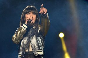 Elisa Toffoli canta al concerto di Reggio Emilia il 09/02/12