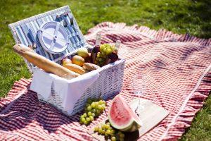 Idee originali per un pic nic in Toscana in luoghi indimenticabili con prodotti biologici