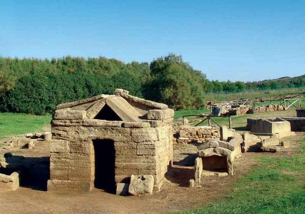 Visita guidata al Parco archeologico di Baratti, Populonia, Livorno, nell'arcipelago toscano
