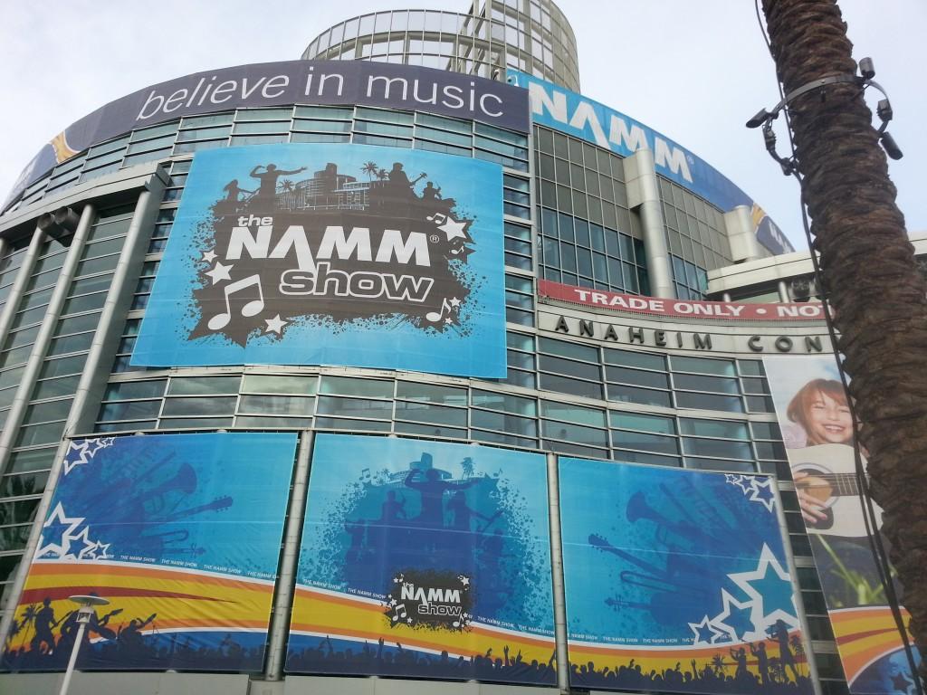 Ginisky liutaio fiorentino ha partecipato all'edizione 2014 del NAMM di Los Angeles