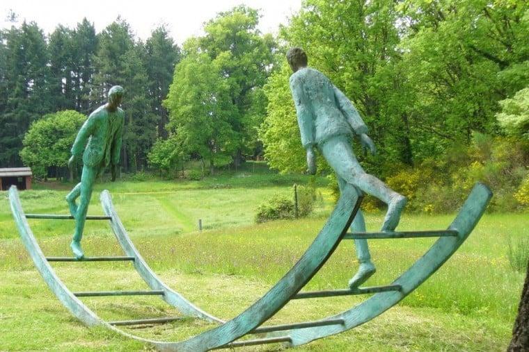 Vi proponiamo qui un tour alla scoperta dei giardini d'arte in Toscana