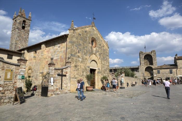 La terza edizione del Festival della Viandanza 2014 si terrà a Monteriggioni dal 20 al 22 giugno
