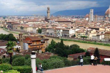 Il panorama di Firenze da Piazzale Michelangelo è tra i 10 luoghi più fotografati al mondo