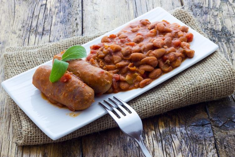 salsiccia_fagioli_piatti