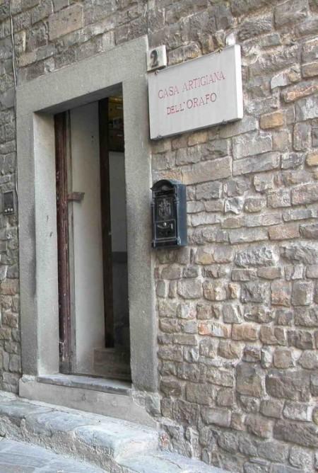 Il Laboratorio Nerdi si trova dentro la Casa dell'Orafo a Firenze