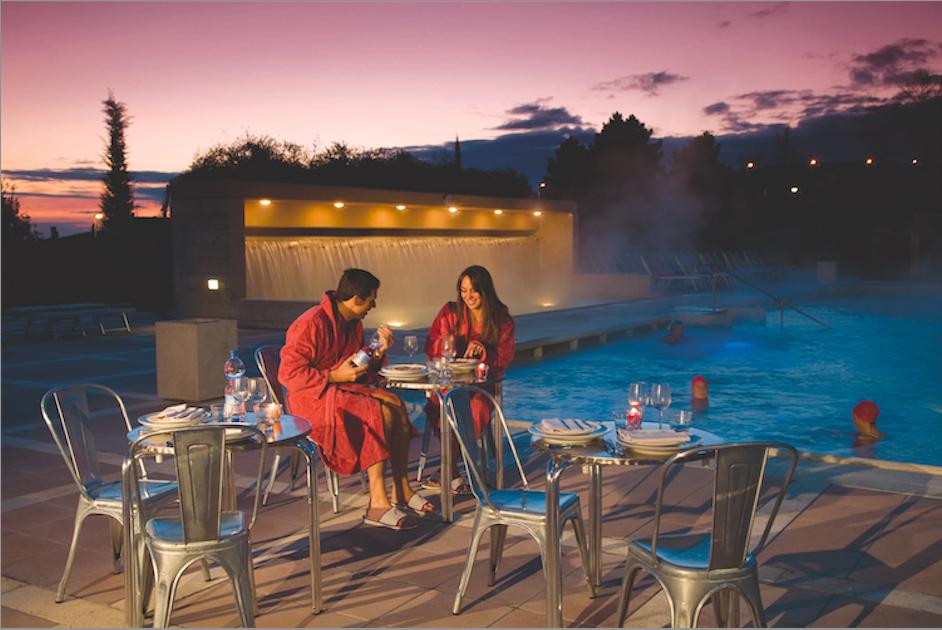 Dal 20/06 al 12/09 2014 le terme del Resort Grotta Giusti saranno aperte in orario aperitivo con apertura notturna delle famose grotte
