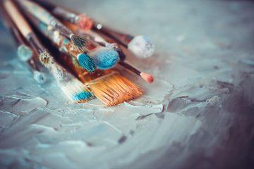 Pennelli da pittura su tela