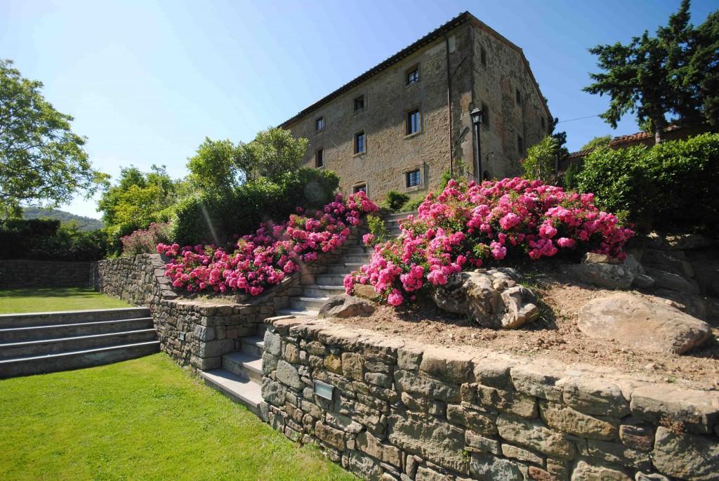 Hills Town Tours è un innovativo tour operator che opera nel territorio di Cortona e propone una reale tuscan experience