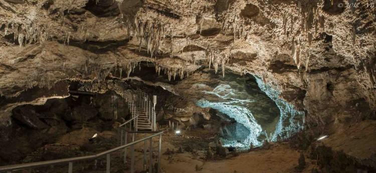 L' Antro del Corchia è la grotta carsica più profonda di Italia, si trova nelle Alpi Apune, in Toscana