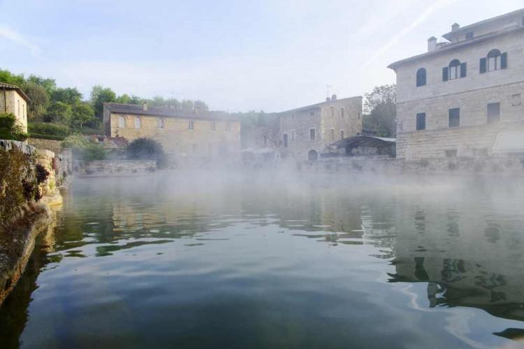 Bagno Vignoni una storia lunga 2000 anni - TuscanyPeople