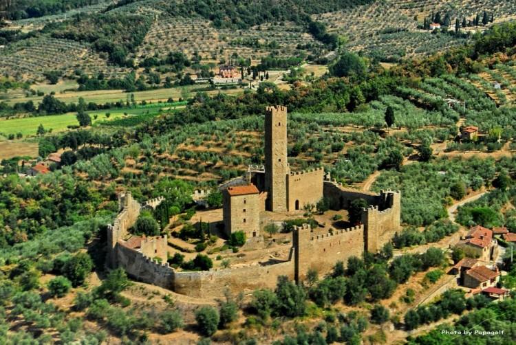 Castello di Montecchio Vesponi 05