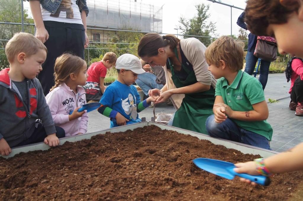 """""""Ti porto nell'Orto"""" è un'iniziativa organizzata dall'Orto Biologico Palmi Palm-Orto Firenze, per scoprire il mondo del biologico"""