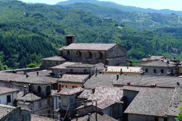 Castiglione di Garfagnana è un borgo medievale al confine tra Toscana e Emilia Romagna, luogo ideale per passare un indimentcabile weekend in Toscana
