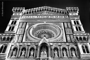 Sulla facciata del Duomo di Firenze si trova la targa della famglia Bischeri