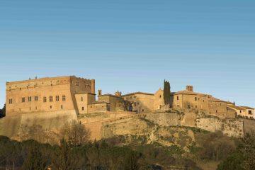 A San Giovanni d'Asso in Toscana il Festival del Tartufo Bianco