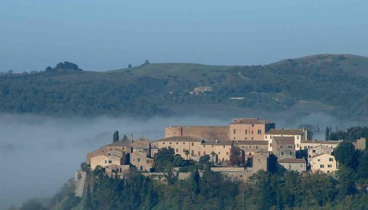 A San Giovanni d'Asso in Toscana si svolge il Festival del Tartufo Bianco