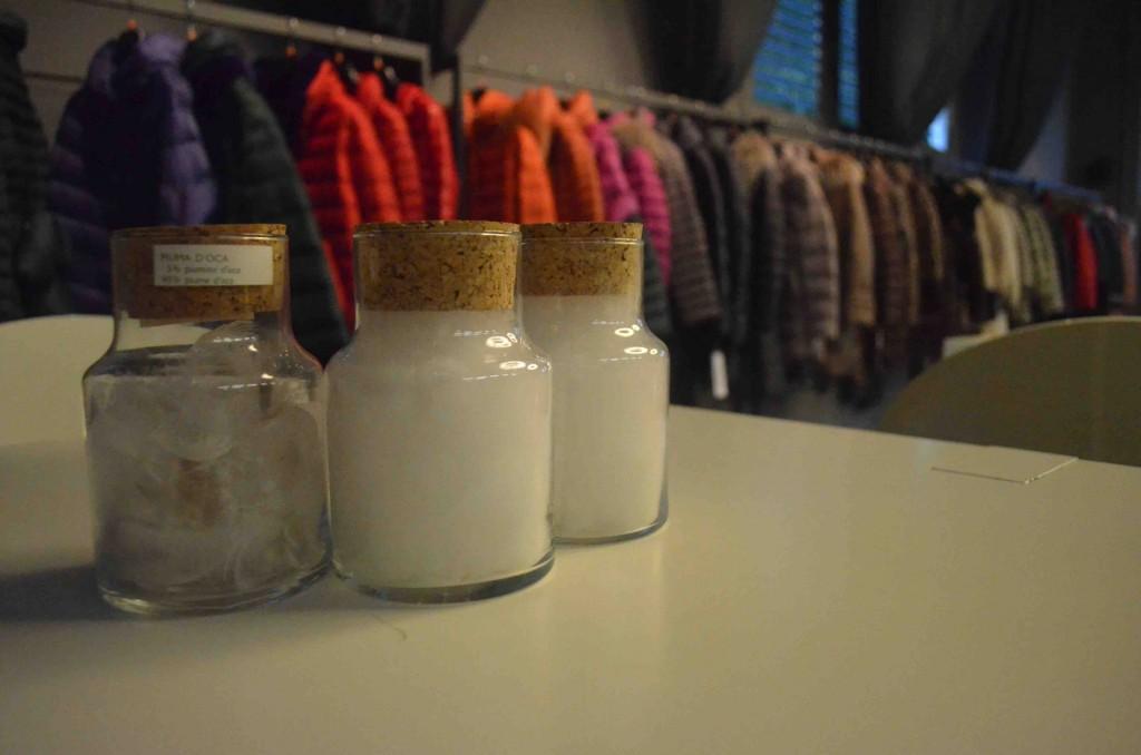 La Cinelli Studio, produce piumini d'oca sia nel settore abbigliamento che dell'arredamento con i marchi Crust e CStudio
