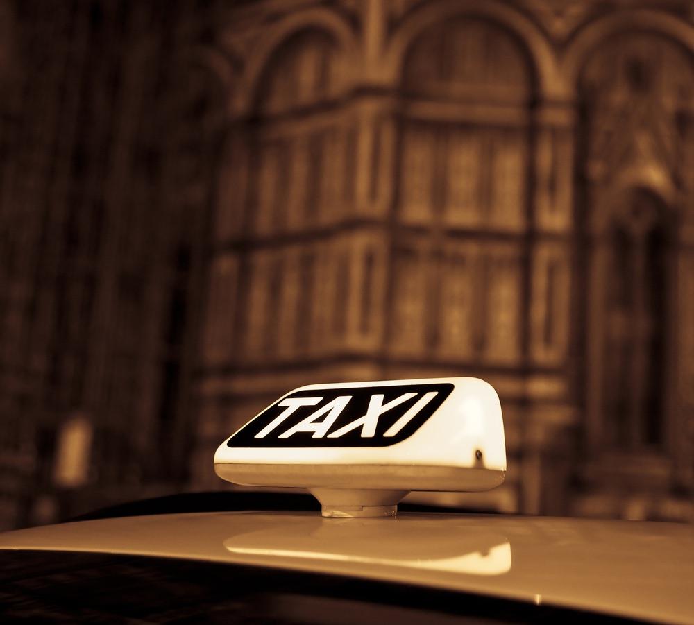 I taxi a Firenze offrono il servizio Davanti a casa