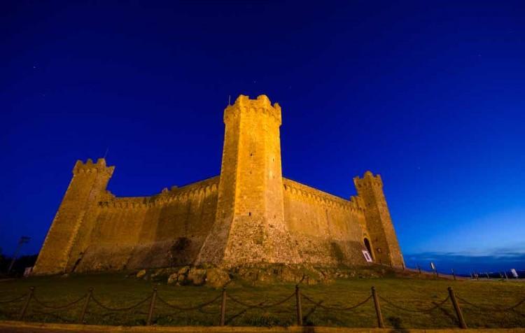 Montalcino - Siena 03 Castello di Montalcino