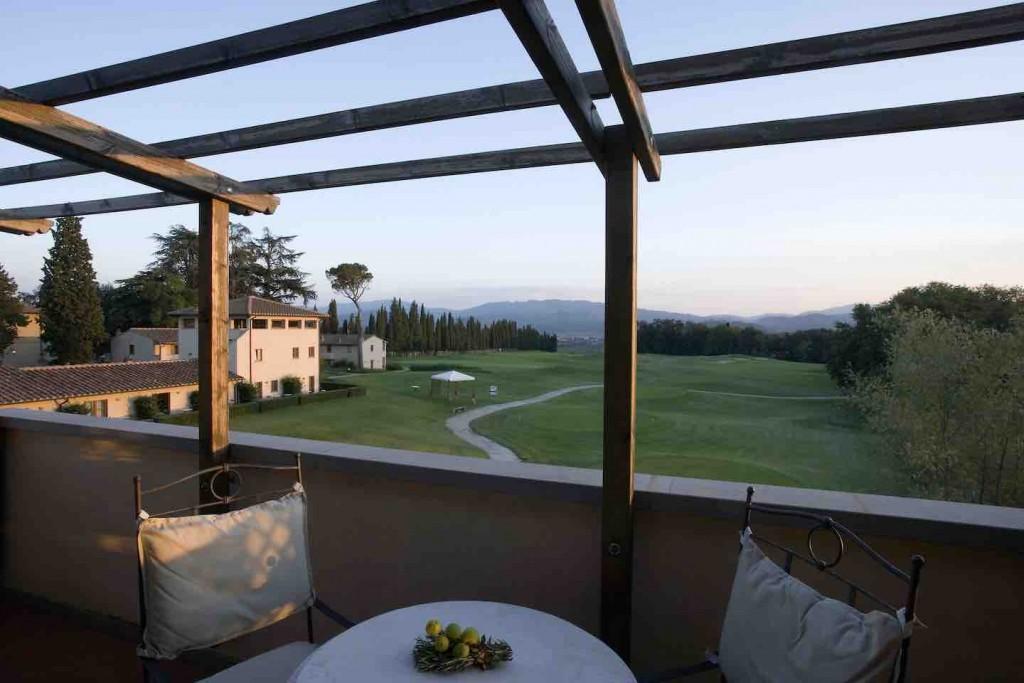 Il Golf Club Poggio dei Medici è all'interno di un resort in grado di attrarre golfisti locali e internazionali.