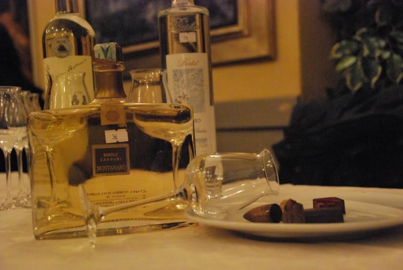 All'Osteria di Giovanni a Firenze, l'ANAG -Assaggiatori Grappe e Acqueviti ha organizzato una degustazione di grappe e cioccolato per la Fiera del Cioccolato
