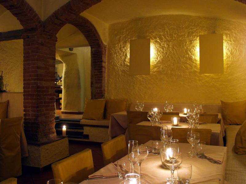 Idee per un pranzo o una cena speciali? Ecco 6 ristoranti da non perdere a Firenze e dintorni: Cantina Barbagianni