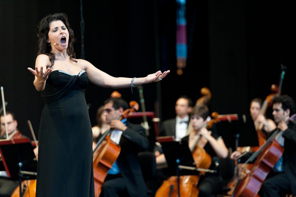 """L' Opera classica italiana ha una tradizione molto lunga in Italia, che affonda le sue radici in Toscana, con il Conte Bardi che per primo """"recitò cantando"""""""