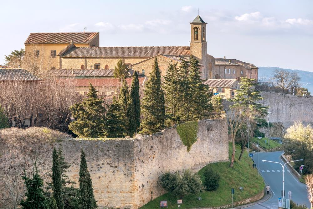 Chiesa di San Francesco a Volterra in Toscana