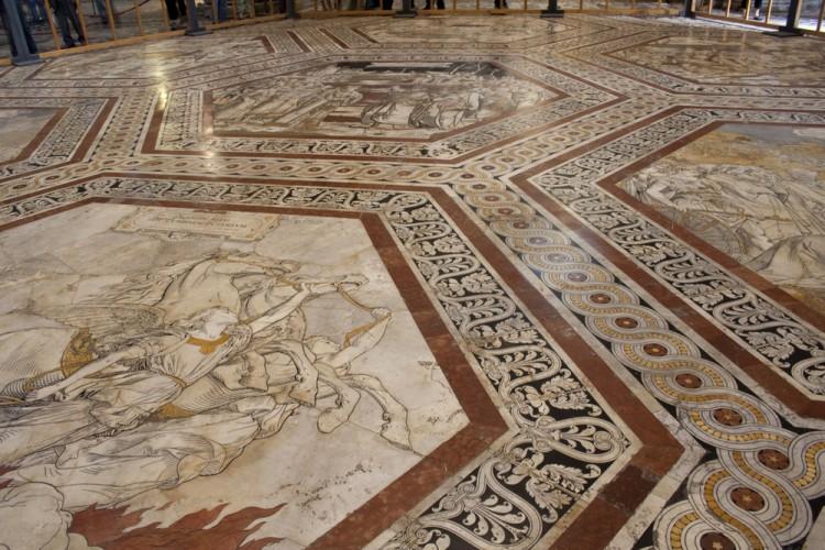 Pomarance è un antico borgo toscano nella Val di Cecina, da cui proviene il materiale del pavimento del Duomo di Siena