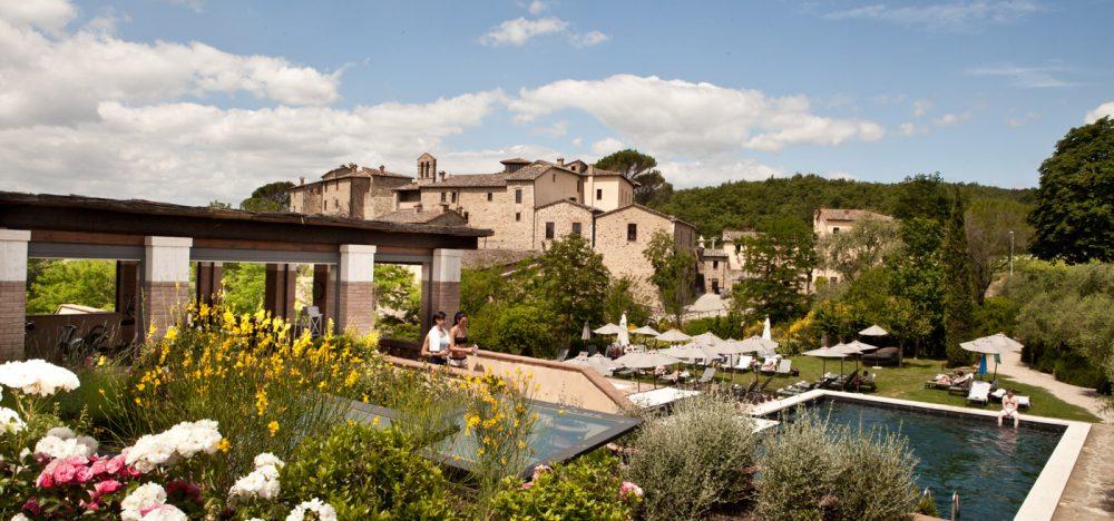 Castel Monastero è un relais a Castelnuovo Berardenga