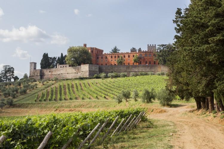 Luxury Hotel a Gaiole in Chianti in antichi castelli, un weekend in Toscana tra relax, buon vino, piatti tipici e paesaggi mozzafiato