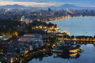 Alla scoperta della capitale del Vietnam Hanoi, una metropoli che fonde miti e storia antica alla contemporaneità culturale e alla storia più recente