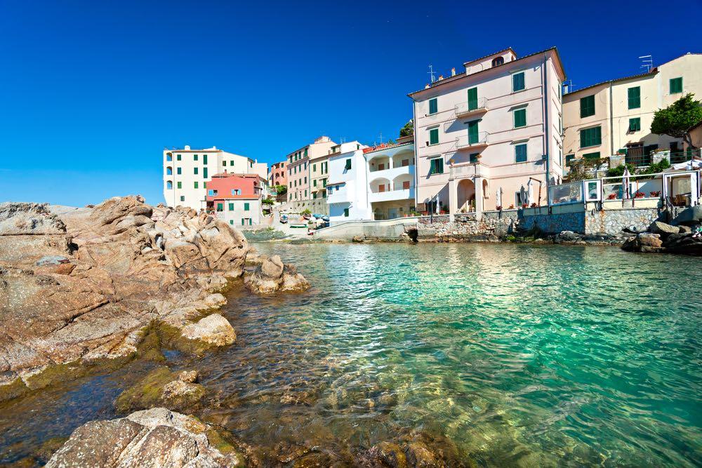 Marciana Marina, il comune più piccolo d'Italia, si trova in Toscana all'Isola d'Elba