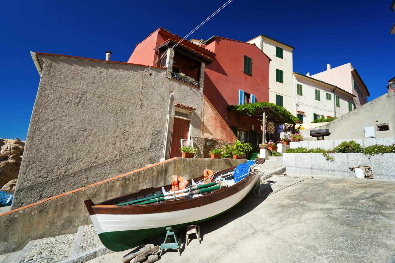 Marciana Marina è il comune più piccolo d'Italia, si trova a sull'Isola d'Elba in Toscana