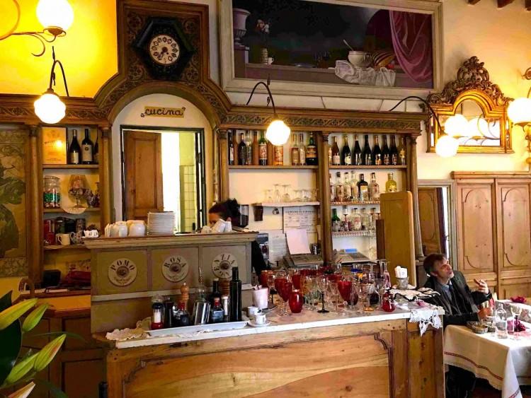 Il Bistrot Gilda è un ristorante a Firenze davanti al Mercato di Sant'Ambrogio, dove provare un'esperienza enogastronomica unica e di classe