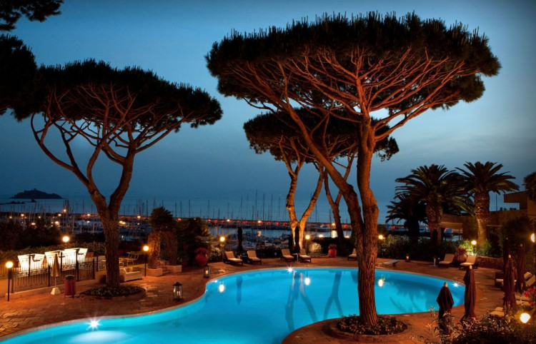 Matrimonio In Toscana Sul Mare : Matrimonio sulla spiaggia in maremma l amore tra cielo e