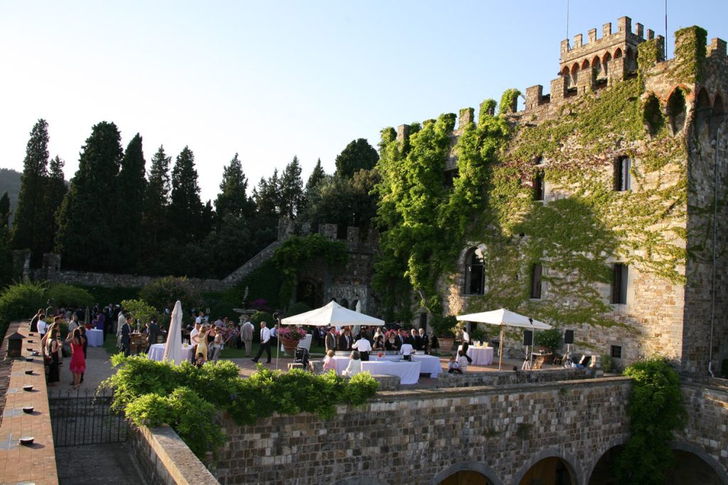 Castello di vincigliata matrimonio medievale con vista for Firenze medievale