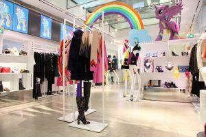 Firenze4Ever, la kermesse ideata da LuisaViaRoma dedicata ai fashion blogger è alla sua 12° edizione, inaugurando l'apertura di Pitti Uomo 89
