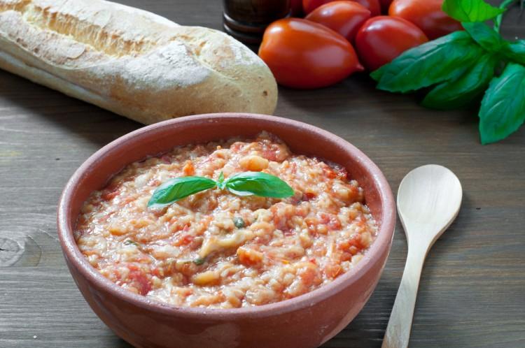 Lezioni pratiche di cucina consapevole al Forno Garbo di Firenze dirette dallo chef Carlo Scorpio: ricette in equilibrio tra salute, gusto e consumo