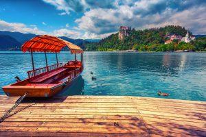Un weekend in Slovenia è il viaggetto low cost che ci vuole per prendersi un break, andando alla scoperta di Lubiana, Lago di Bled, Kamink e Velika Planina