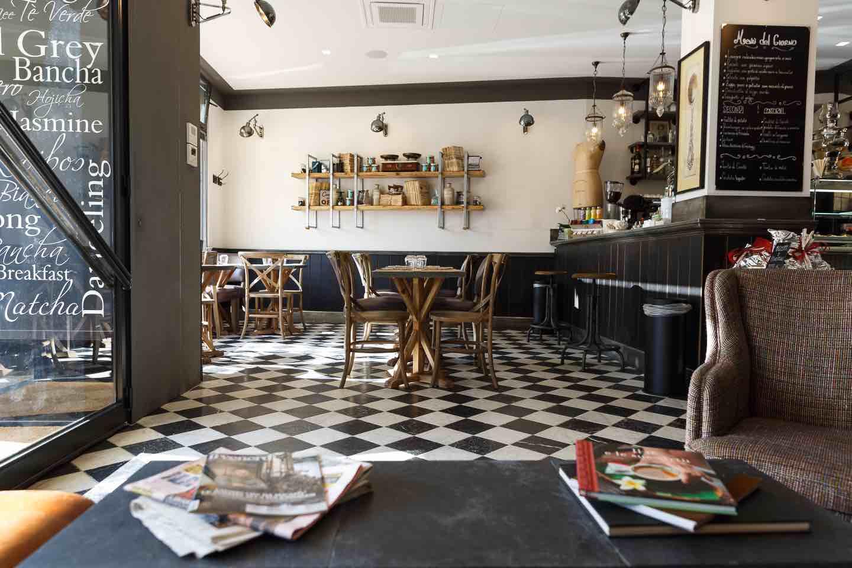Il Caffè AIEM è un nuovo locale a Campo di Marte,Firenze,dove bere ottimo te, gustare dolci fatti in casa e mangiare a pausa pranzo in un ambiente ricercato