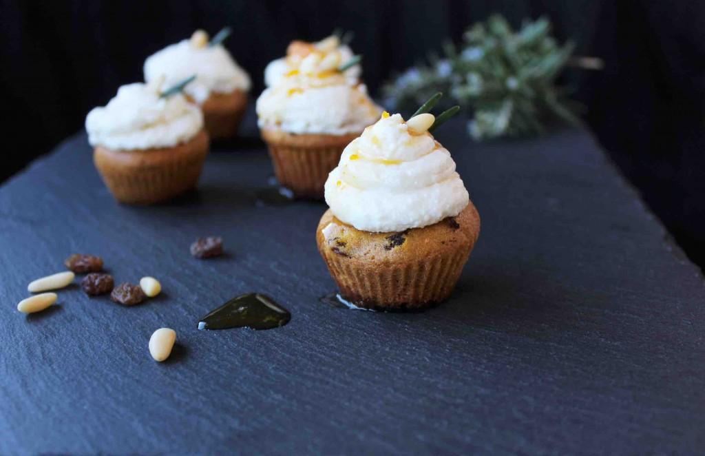 Castagne in Toscana, nuove ricette per antichi sapori: cupcakes di farina di castagne.